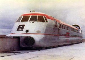 L'aérotrain sur la voie orléanaise