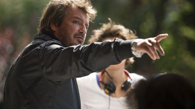 Diastème sur le tournage d'Un français © Mars Films