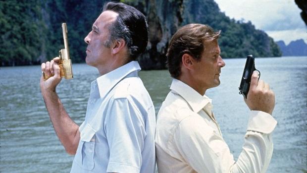 Top des films James Bond: The Man with the Golden Gun de Guy Hamilton, 1974