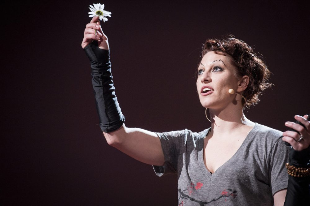 Amanda Palmer lors de son TED Talk, The art of asking